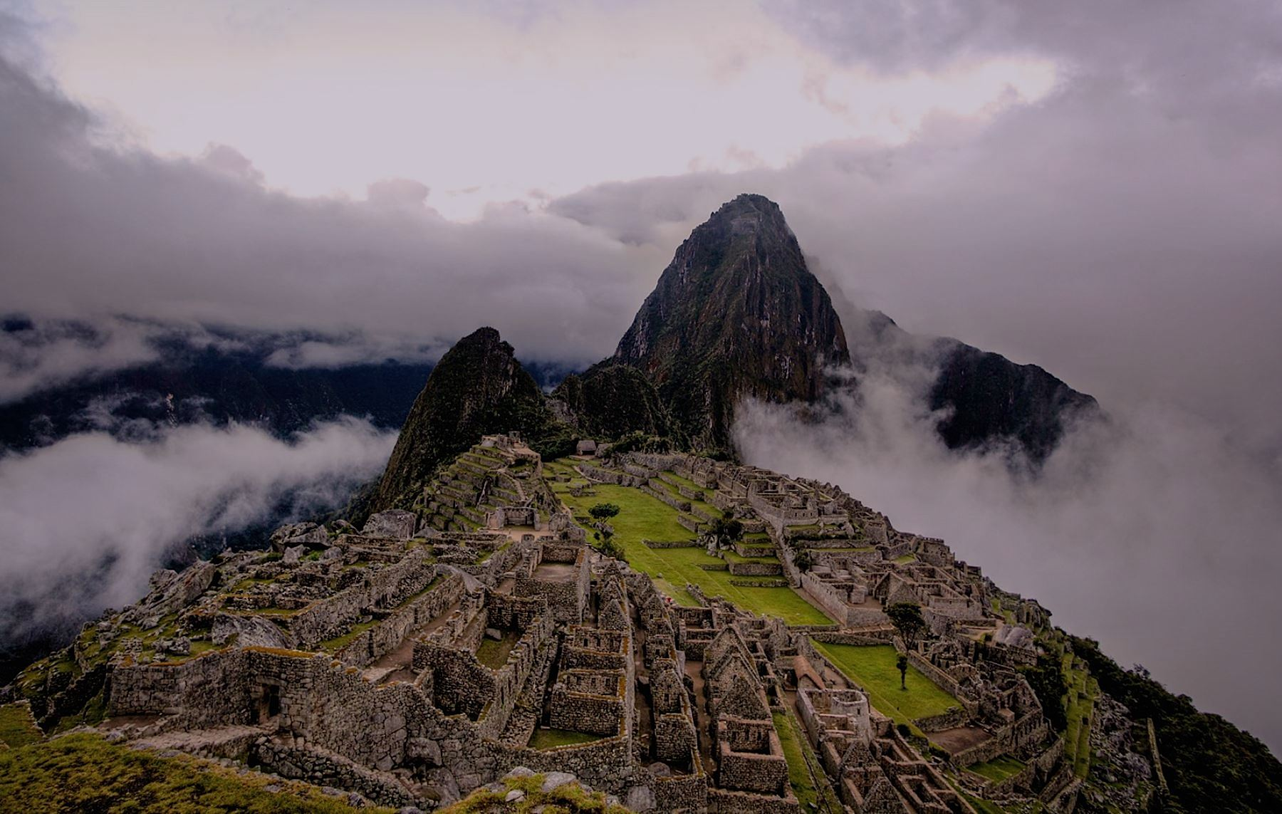 Sunrise Machu Picchu private tour