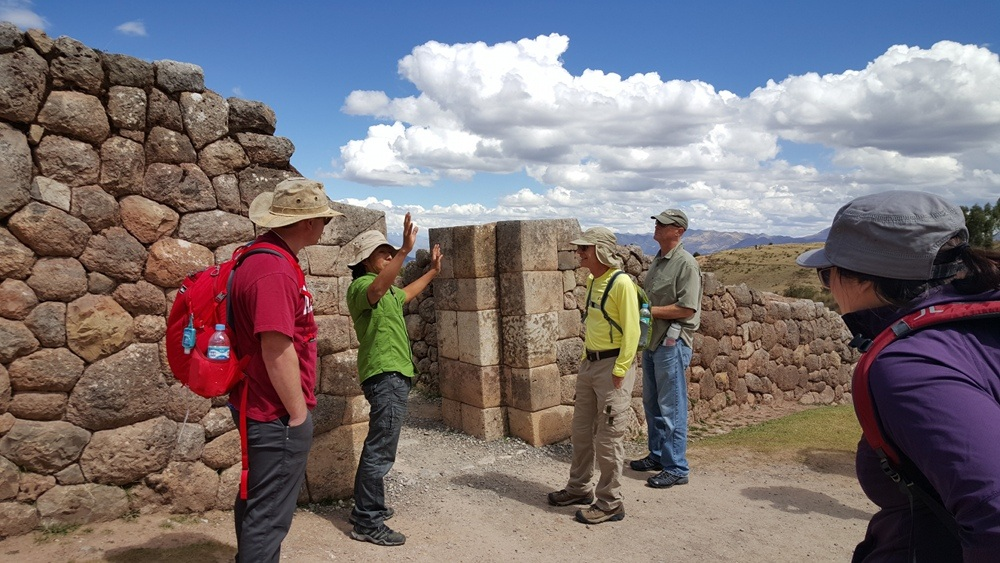 Cusco Tours with Local Private Tour Guides